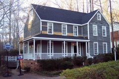 exterior-painting-before-photo-gray-home